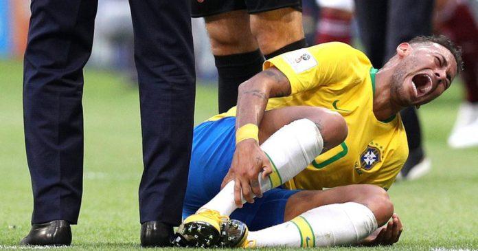 Watch a tennis player mercilessly troll Neymar at Wimbledon